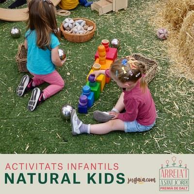 Un jorn al mas i Natural kids