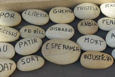Taller: creació de missatges en pedres
