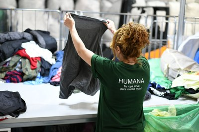 Humana recupera 83.500 peces de roba a Premià de Dalt durant el primer semestre de l'any
