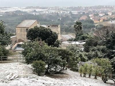 La neu enfarina els punts més alts de Premià de Dalt