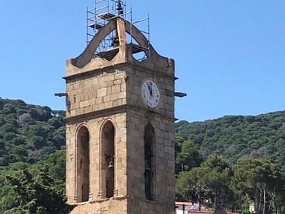 La renovació del sistema del campanar de la Parròquia de Sant Pere ja és una realitat