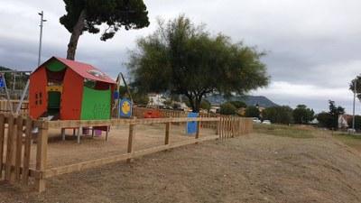 Nou acte de vandalisme al parc infantil de can Vilar